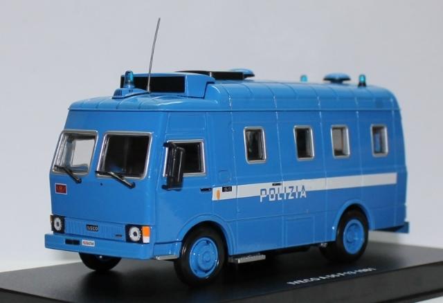 Italy - Polizia 0876de80-b24c-4c0a-89be-1154a1e31288_zpsa9899cee