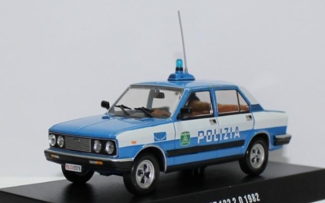 Italy - Polizia Ad819d6e-3a44-4066-9822-0bb9844ae27b_zps34b0abca