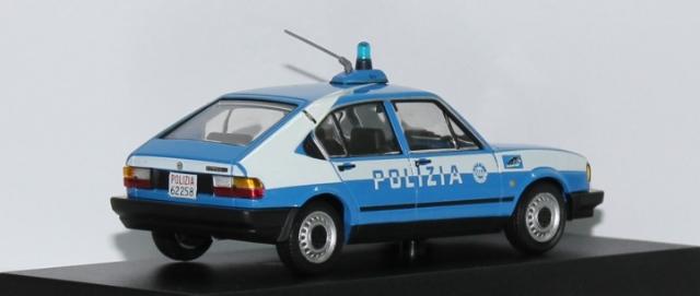 Italy - Polizia B87bca26-73bc-41c3-8851-9d26bd873ac6_zpsd4225c64