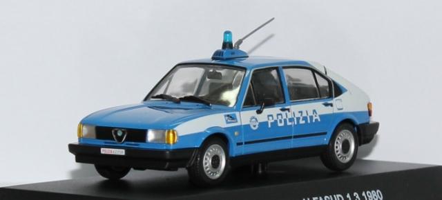 Italy - Polizia D2e9d66b-dbc5-4fe9-8c78-16a4e761ca1b_zpsaf106cec