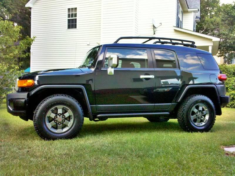 Post a Picture of Your FJ - Page 3 C360_2011-07-1717-02-48