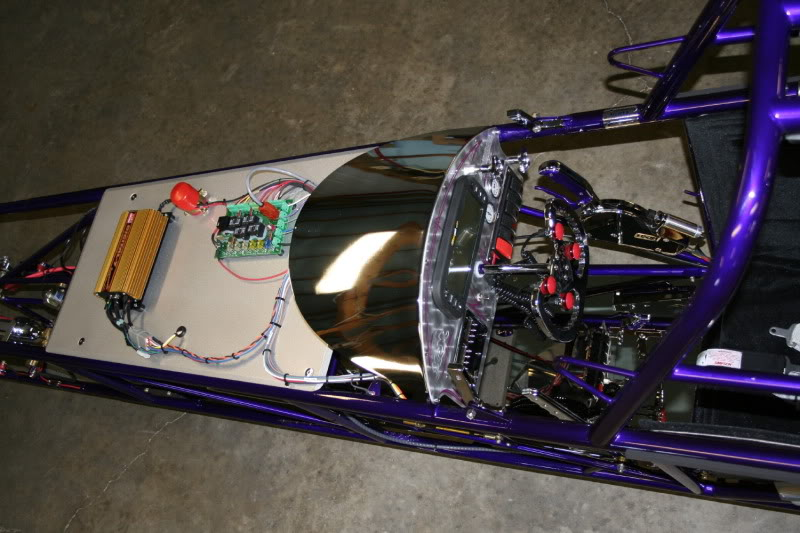 my 225 Suncost dragster 41_Cockpit_Bare
