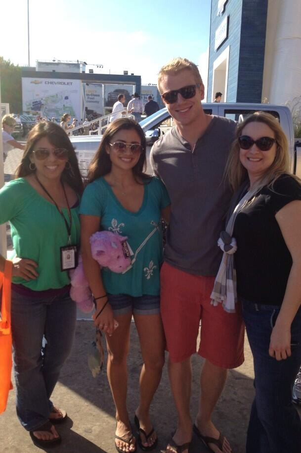 Sean & Catherine Lowe - Pictures - No Discussion - Page 6 5f7592c135b98b8e2bf44dc959172ee8_zpse17e3b81