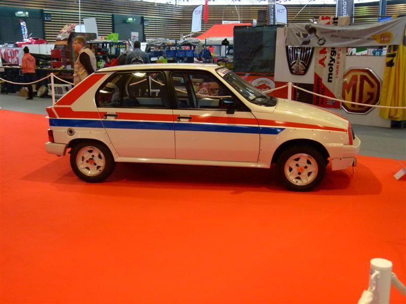 [69]  Salon Epoqu'Auto - 9 au 11 Novembre 2012 P1020915_zps5d6b1ea9
