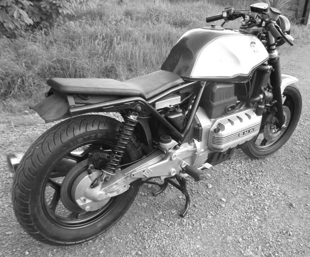 K100 restoration cafe-racer style  DSCF0374_zps420f0510