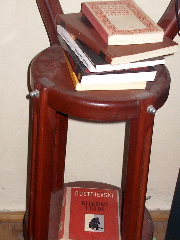 Imate li KUĆNU BIBLIOTEKU ?  P2080258_zpsbf17e3fa