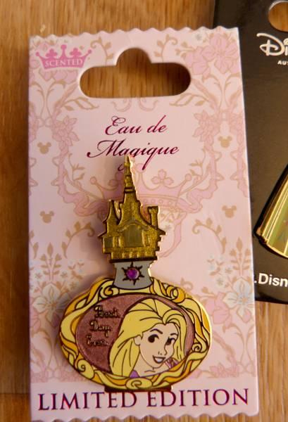 Le Pin Trading à Disneyland Paris - Page 38 P1090163_zps6befa553