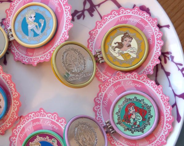 Pin Trading Event - Princess Tea Time - 30 Août 2014 - Page 5 P1090328_zps0733c7ff