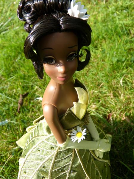 Nos poupées Designer en photo - poupée de la semaine - Page 20 P1090494_zps9e55c8ff