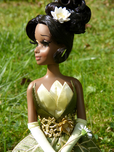 Nos poupées Designer en photo - poupée de la semaine - Page 20 P1090498_zps0213a0bb