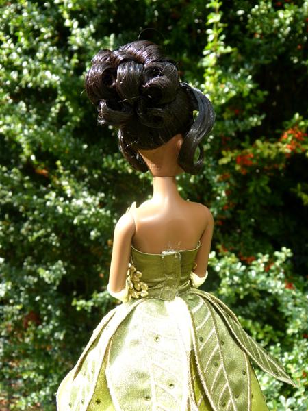 Nos poupées Designer en photo - poupée de la semaine - Page 20 P1090512_zpsa33aa466