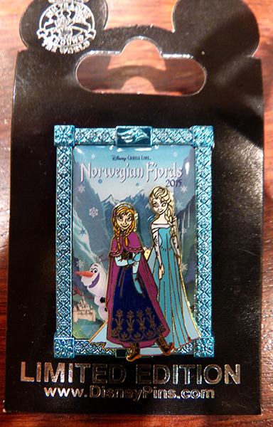 Le Pin Trading à Disneyland Paris - Page 40 P1140876_zpszobwffjo