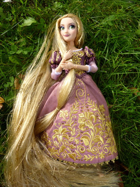 Disney Fairytale Designer Collection (depuis 2013) - Page 38 P1160354_zpsrignwwof