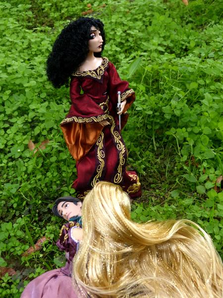 Disney Fairytale Designer Collection (depuis 2013) - Page 38 P1160396_zpsidsfkuim