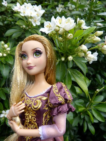 Disney Fairytale Designer Collection (depuis 2013) - Page 37 P1160410_zpsaujorbpg