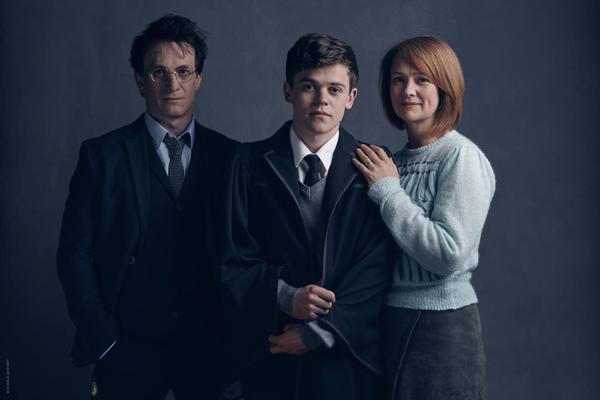 [Théâtre] Harry Potter et l'Enfant Maudit (2016) - Page 3 13329407_1110901512313942_2413303390793163507_o_zpssebgncly