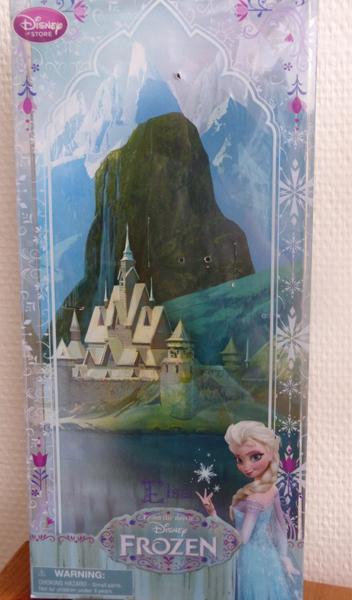 La reine des neiges /ou/ Frozen - Page 2 P1050177_zpse1eb577d