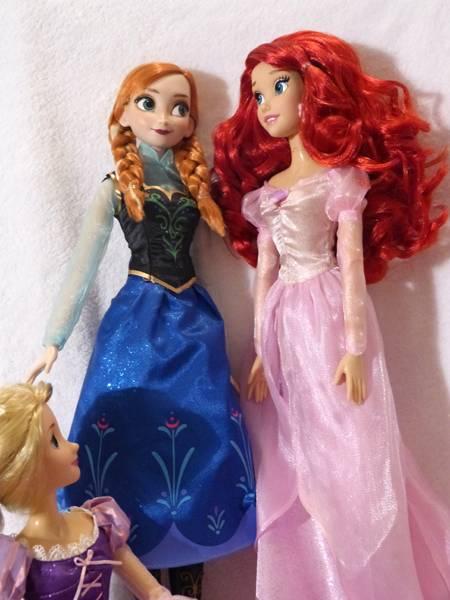 Disney Princesses Singing Dolls P1050684_zpsb34aef64