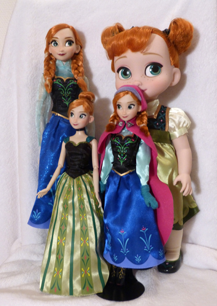 Disney Princesses Singing Dolls P1050698_zps97497e39
