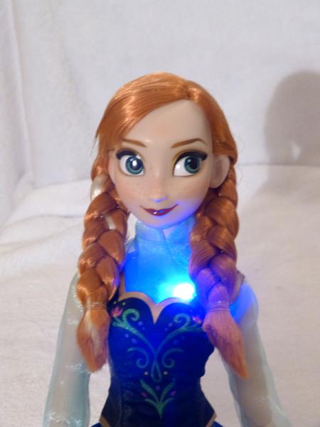Disney Princesses Singing Dolls P1050706_zps1ec9409d