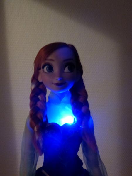 Disney Princesses Singing Dolls P1050710_zps70adf351