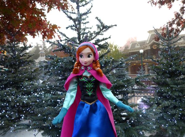 La reine des neiges /ou/ Frozen - Page 2 P1050744_zps51229707