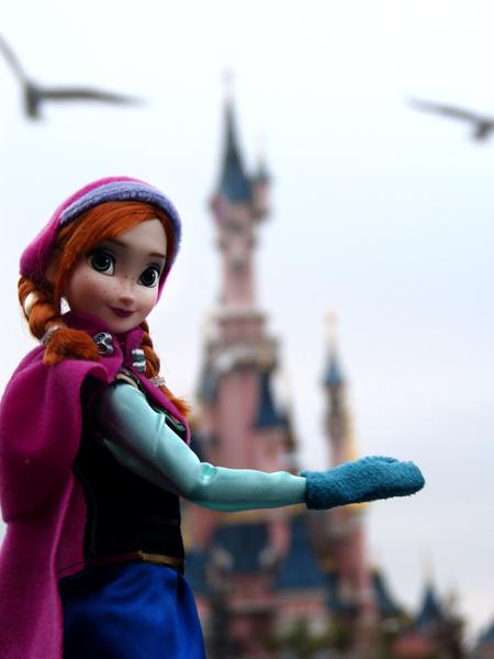 La reine des neiges /ou/ Frozen - Page 2 P1050840_zpsc486481b