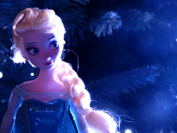 La reine des neiges /ou/ Frozen - Page 2 P1050991_zpsa9541894