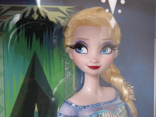 La reine des neiges /ou/ Frozen - Page 2 P1060004_zps1a9a09d1