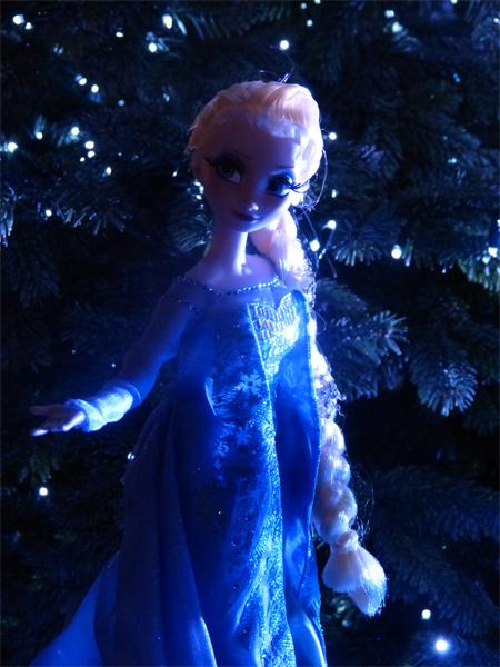 La reine des neiges /ou/ Frozen - Page 2 P1060154_zps6a2505c9