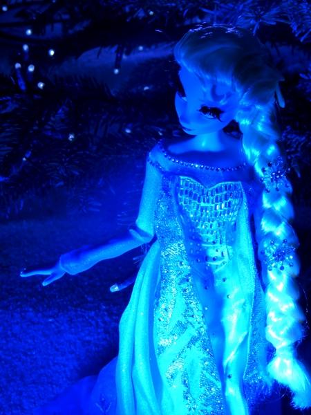 Disney Store Poupées Limited Edition 17'' (depuis 2009) - Page 5 P1060167_zpsf979f7fc