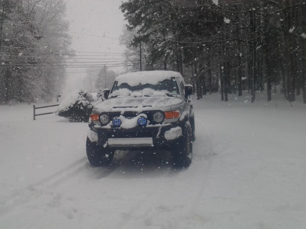 FJ's in the snow! - Page 2 20140213_114301_zps2554412c