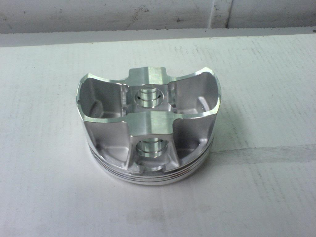 '70 Torino 632 build DSC00015_zps300491a1