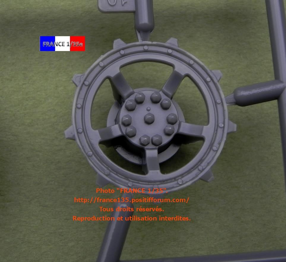 "Panzerkampfwagen VII ""Löwe"". Amusing-Hobby (Amusinghobby). 1/35, ref 35A005. Plastique injecté, métal et photodécoupe. FRANCE135_PZKWVIILOWE_AMUSINGHOBBY_1-35_REF35A005_12_zps16c48856"