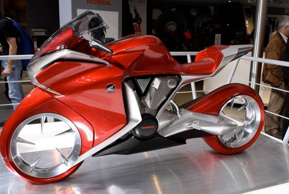 Автомобили, грузовики, мотоциклы - Страница 3 Honda-V4_zpsonhwkabv