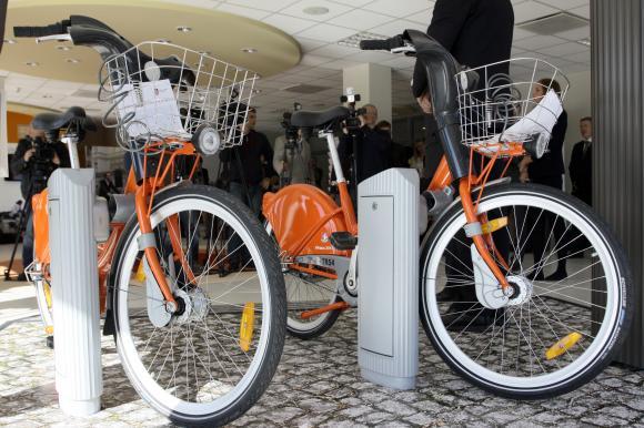 Дизайн общественного транспорта Oranzinisdviratis1_zpsccbe6477