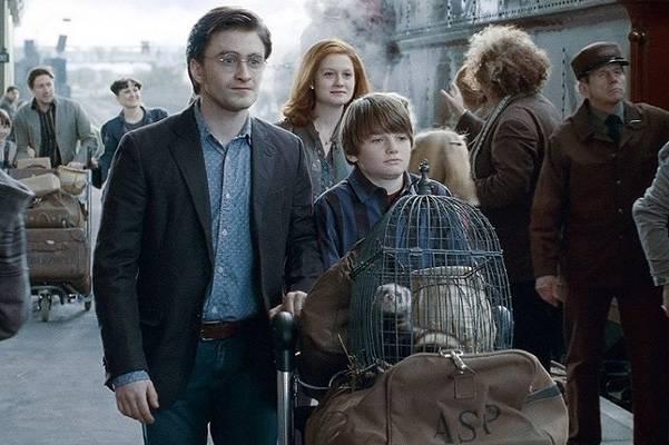 Джоан Роулинг (Joanne Rowling) - создательница Гарри Поттера (Harry Potter) - Страница 2 Harrypotterpost_zpscgrrtmcu