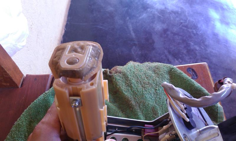 (TUTORIAL) consertando a bomba de combustível - Página 3 Image11_zps8297ed65