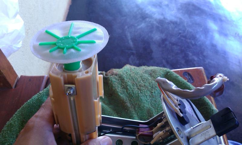 (TUTORIAL) consertando a bomba de combustível - Página 3 Image12_zps785c0619
