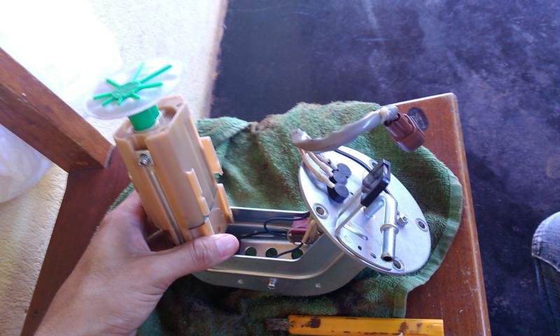 (TUTORIAL) consertando a bomba de combustível - Página 3 Image13_zps14ad79f1