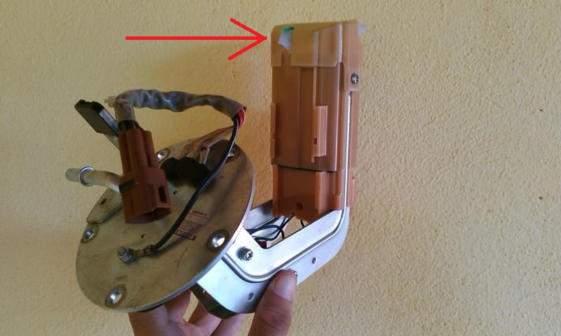 (TUTORIAL) consertando a bomba de combustível - Página 3 Image15_zps3ad473b2