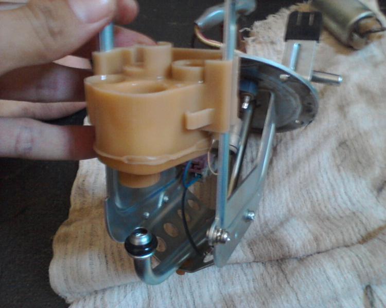bomba - (TUTORIAL) consertando a bomba de combustível LimpezaBomba15_zps2bd84e5a