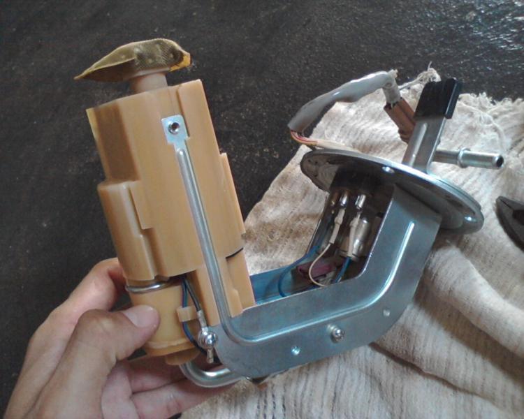 (TUTORIAL) consertando a bomba de combustível LimpezaBomba26_zpsf3655a3b