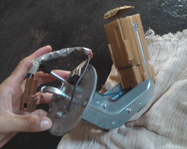 bomba - (TUTORIAL) consertando a bomba de combustível LimpezaBomba27_zps800b6608