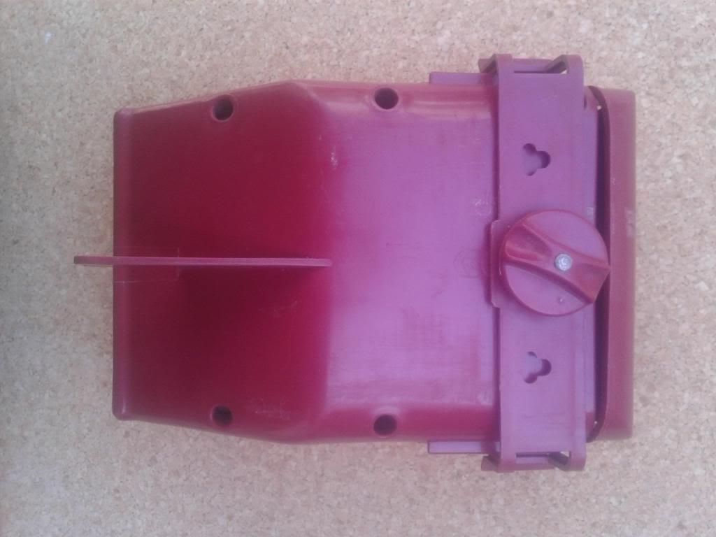 Cambio o vendo: Transportín, mochila y comedero 2013-04-16125225_zps9b915bd5