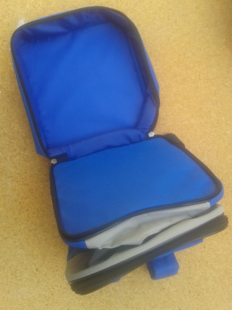 Cambio o vendo: Transportín, mochila y comedero 2013-04-16125755_zpsc3d232f8
