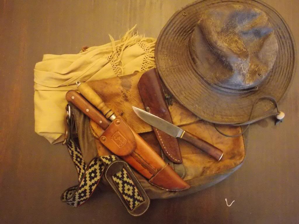 Machetes y cuchillos que uso en mis salidas DSCN1116_zpsdacf2688