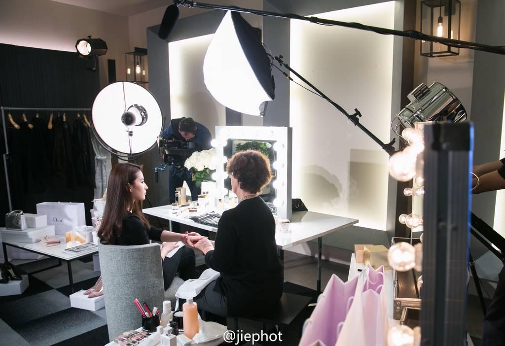 Dior Prestige Ads - BTS 4b4b3d47gw1f0e658f5cgj22gw1oyu0y_zpslaux7eu8