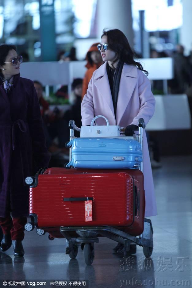[22-01-2016] ปารีสแฟชั่นวีค 2016 สนามบิน Img8254613_n_zpsjvjrsbae