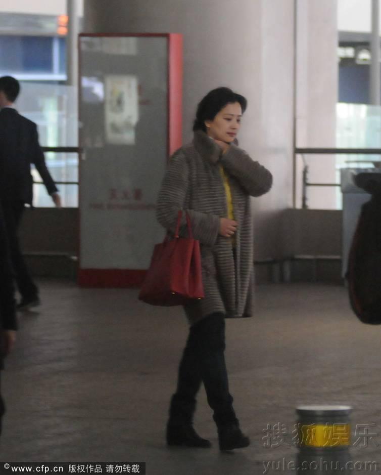 [09/03/14] เดินทางมาเซี่ยงไฮ้เตรียมเปิดกล้อง Lu Shui Hong Yan Img6313961_n_zpse85fcc80